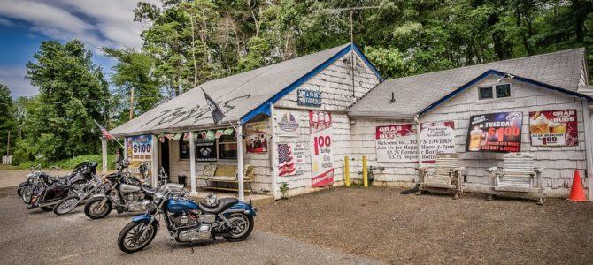 Tom's Tavern – Farmingdale